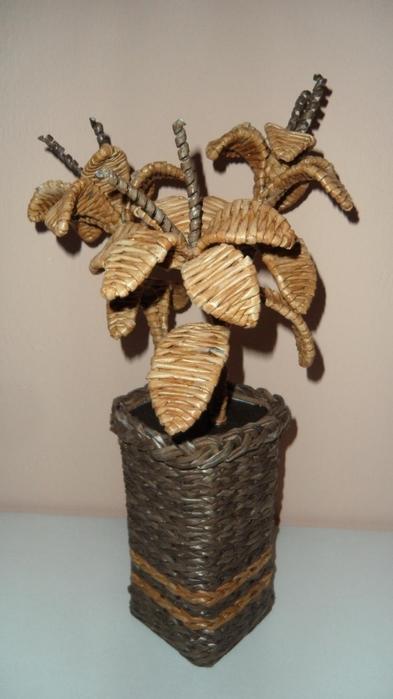 плетенки из газетных трубочек (16) (393x700, 162Kb)