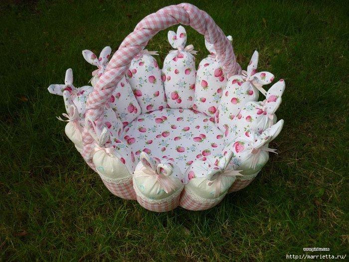 пасхальная корзинка с кроликами (1) (700x525, 247Kb)