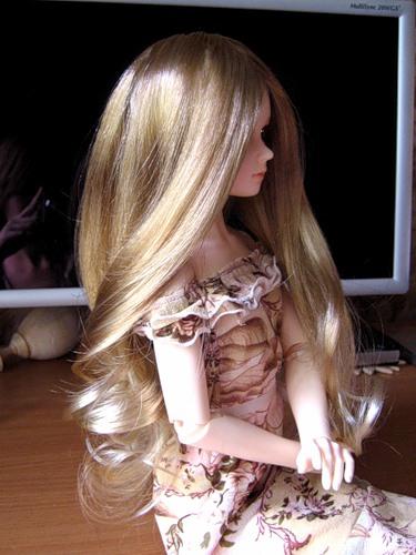 Как вставить волосы кукле
