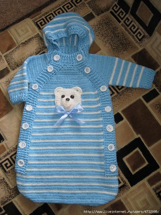 Вяжем жилеты для новорожденных спицами