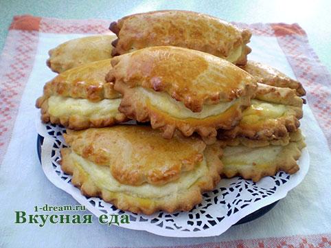 печем пирожки в духовке рецепт