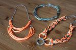 Стильные ожерелья из обрезков ткани.