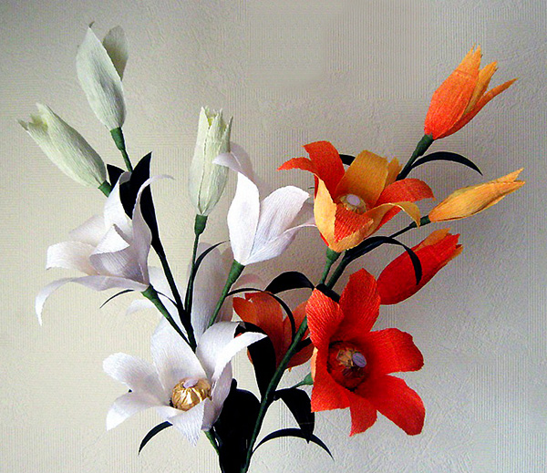 Лилии из гофрированной бумаги своими руками пошаговое фото