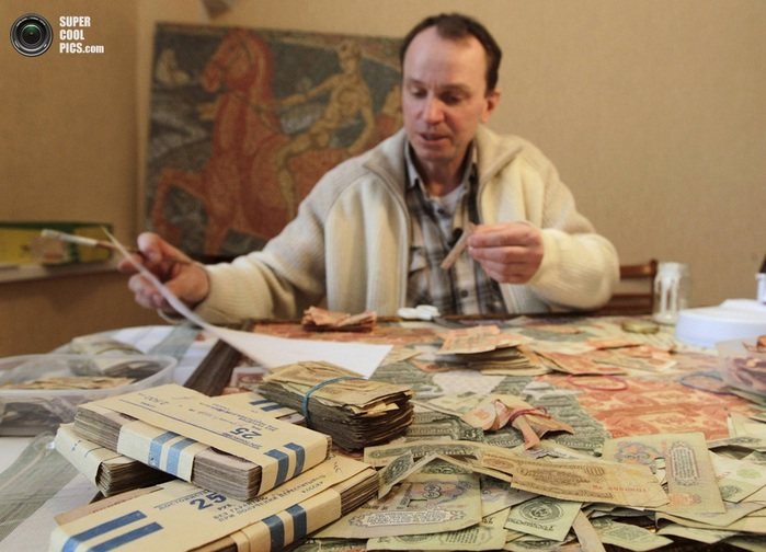 картины из советских денег фото (700x504, 112Kb)
