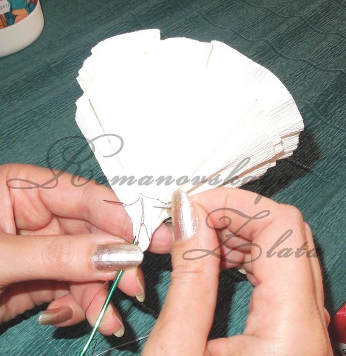 Цвет из гофрированной бумаги своими руками пошаговое фото