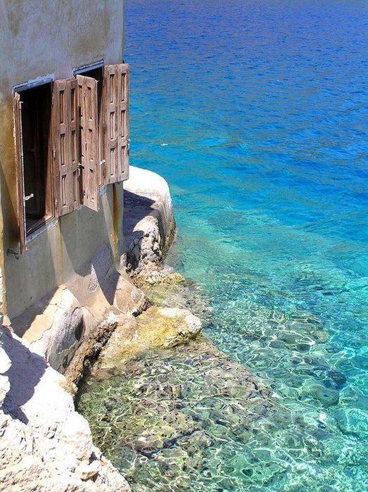 Остров Кэстелоризо - Эллада, Греция (523x700, 107Kb)