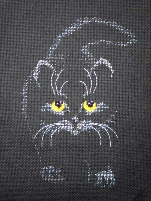 Черный кот.Вышивка крестом.