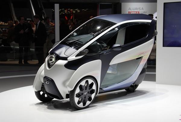 городской электромобиль Toyota i-Road (600x406, 51Kb)