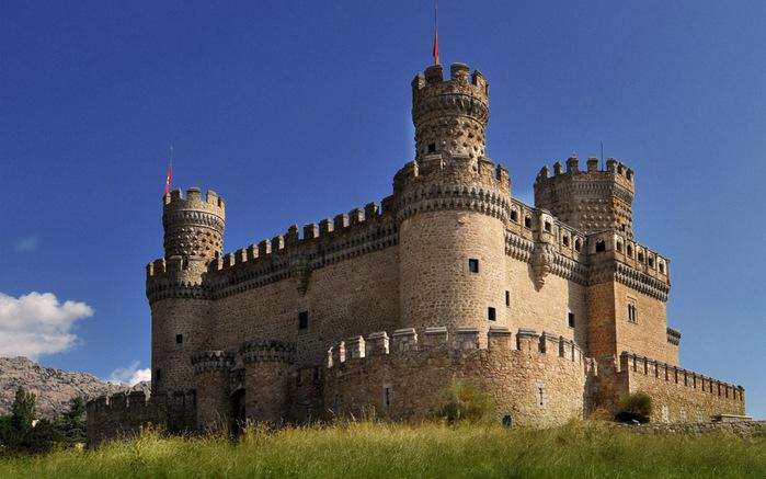 Castillo_de_Manzanares_el_Real_01 (700x437, 118Kb)