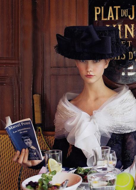 lectora con glamour_Arthur Elgort (458x640, 200Kb)
