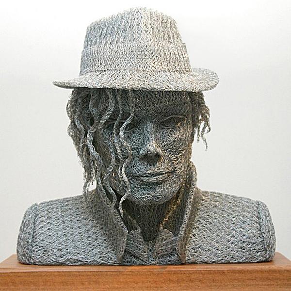 скульптуры из сетки рабицы Иван Ловатт 3 (600x600, 318Kb)