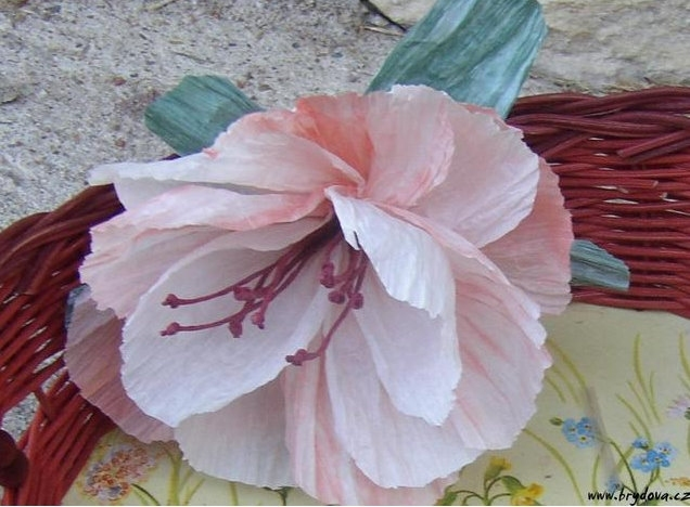 цветы и корзиночки из бумажного шпагата (2) (636x468, 148Kb)