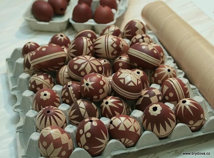стильные пасхальные яйца (7) (700x517, 586Kb)