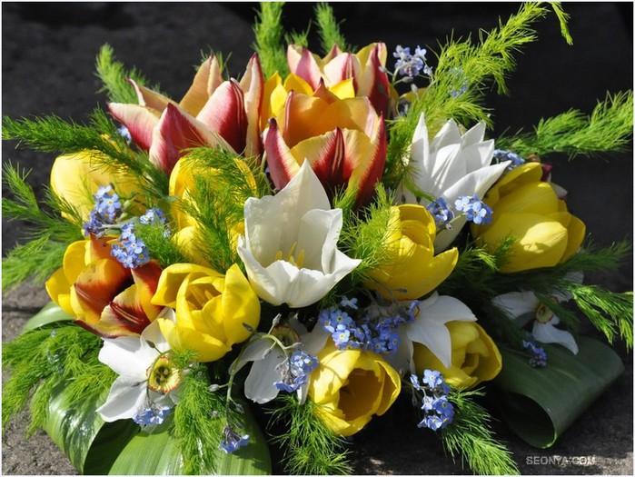 Фото весенних цветов букетов