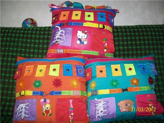 Развивающие подушки своими руками для детей фото 100