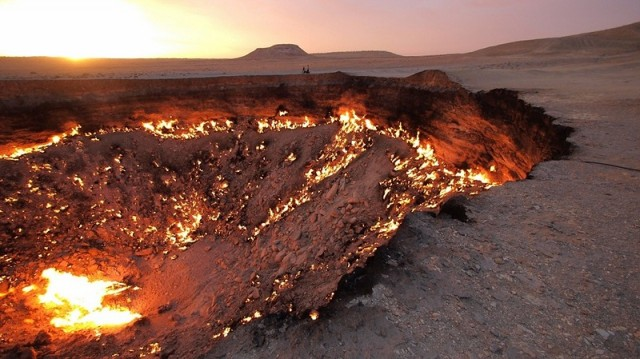 врата ада пустыня каракум 3 (640x359, 77Kb)