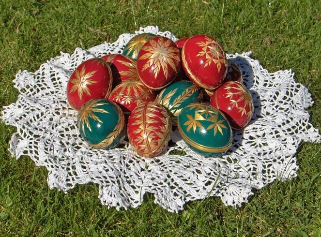пасхальные яйца декор соломкой (2) (663x490, 867Kb)