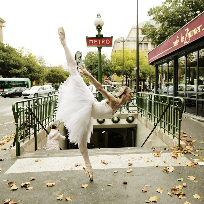 Lisa Tomasetti балерины на городских улицах 9 (670x670, 150Kb)