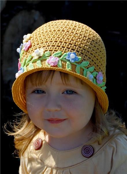 желтая шляпка (2) (440x600, 79Kb)