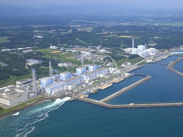 """На АЭС """"Фукусима"""" опять сломались очистители воды"""