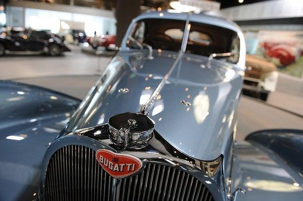 Bugatti Type 57SC Atlantic раритетное авто фото 5 (604x401, 53Kb)