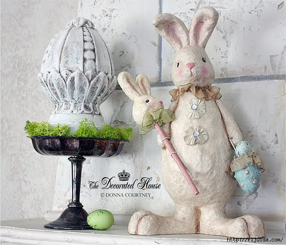 The Decorated House Easter 2012 Mantel Bunny (578x494, 183Kb)