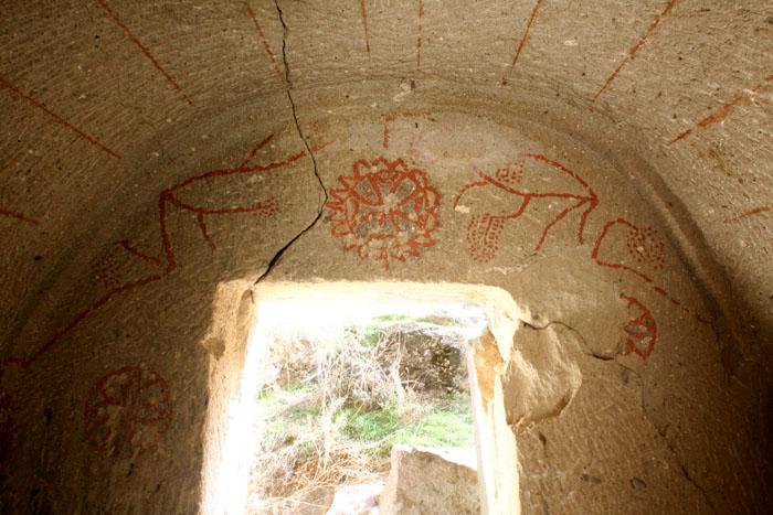 Эгри Таш. Каппадокийская роспись (700x467, 122Kb)
