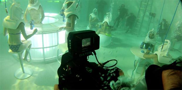 подводный бар в Нью-Йорке.png5 (620x309, 63Kb)