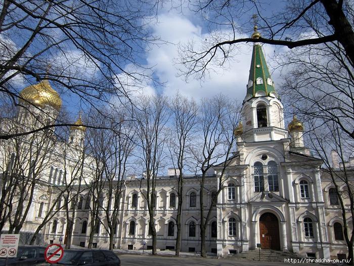 Санкт-Петербург, Воскресенский Новодевичий монастырь, 2 (700x525, 428Kb)