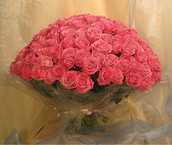 букет розовых роз (600x506, 84Kb)