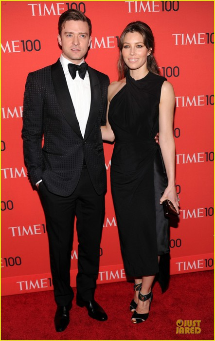 justin-timberlake-jessica-biel-time-100-gala-2013-red-carpet-01 (442x700, 73Kb)