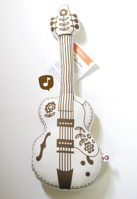 подушка гитара (1) (480x700, 49Kb)