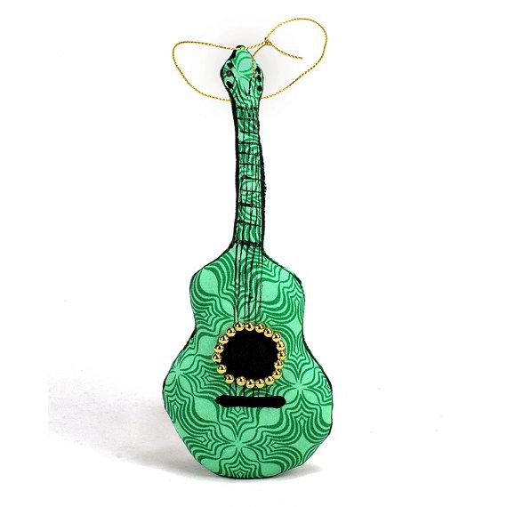 подушка гитара (7) (570x570, 43Kb)