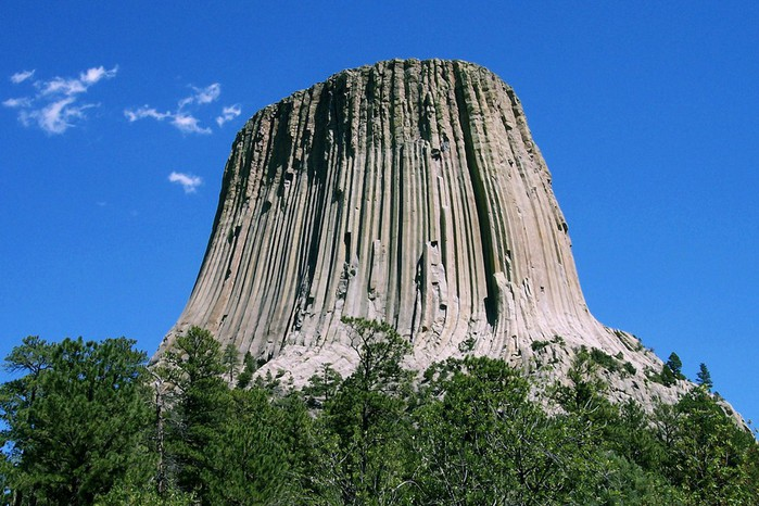Devils_Tower_CROP (700x466, 120Kb)