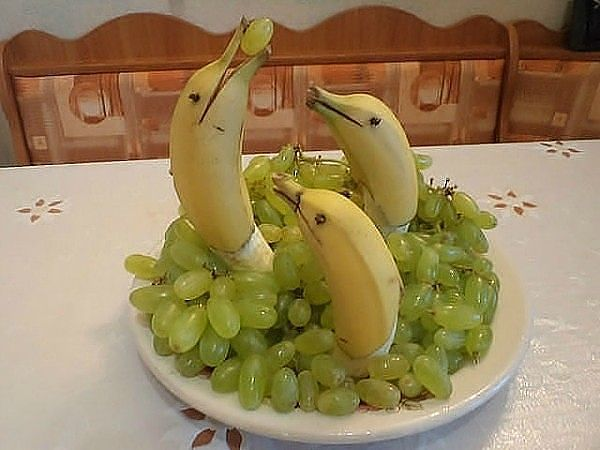 бананы-кит (600x450, 41Kb)