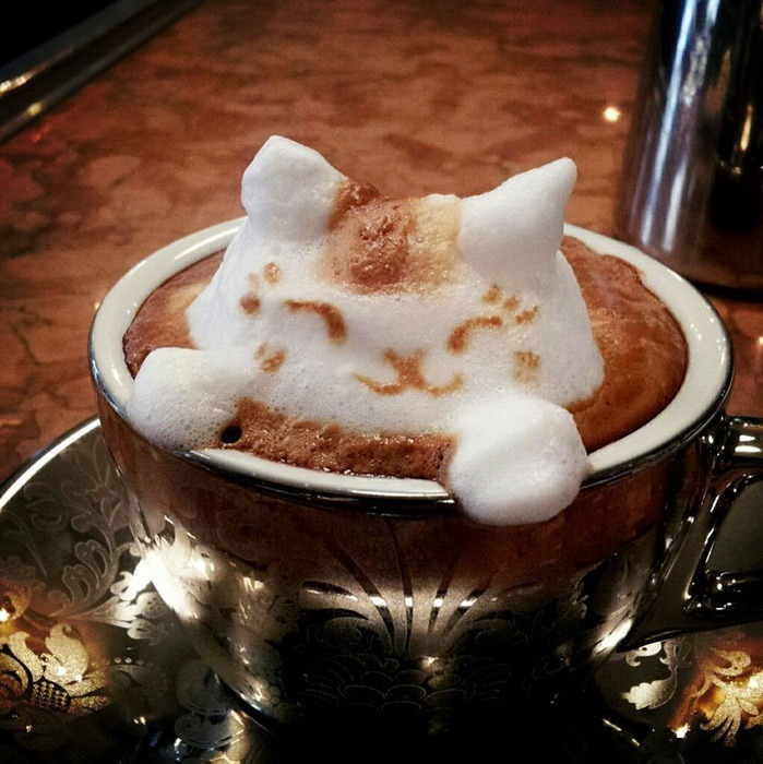 Кадзуки Ямамото. Объемные рисунки на кофе-латте