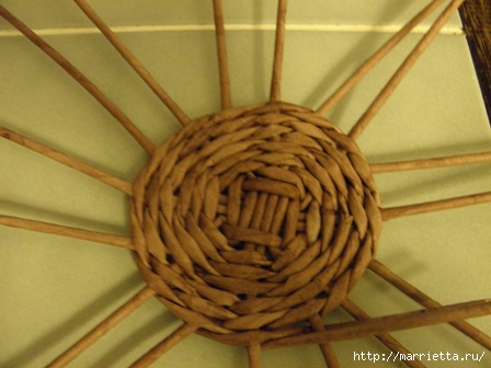 пасхальная курочка из газетных трубочек (30) (448x336, 79Kb)