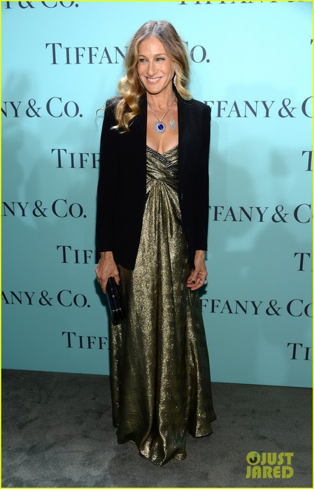 gwyneth-paltrow-sarah-jessica-parker-tiffany-blue-book-gala-05 (449x700, 75Kb)