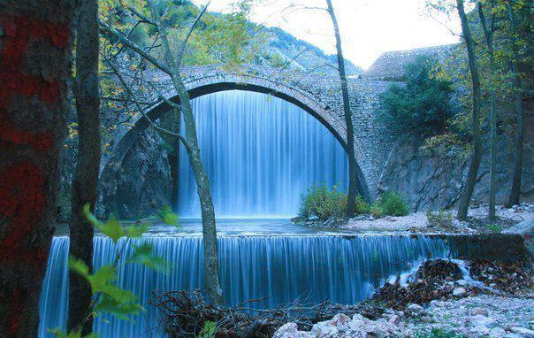 Местечко Палеокарья недалеко от Трикалы, Греция (604x382, 57Kb)