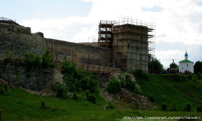 Изборская крепость/1413032_IMGP7986 (650x390, 130Kb)