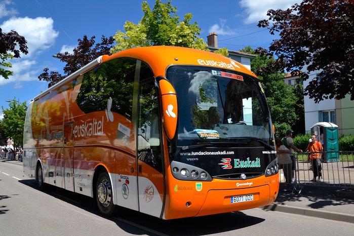 Autobus tour (700x466, 100Kb)