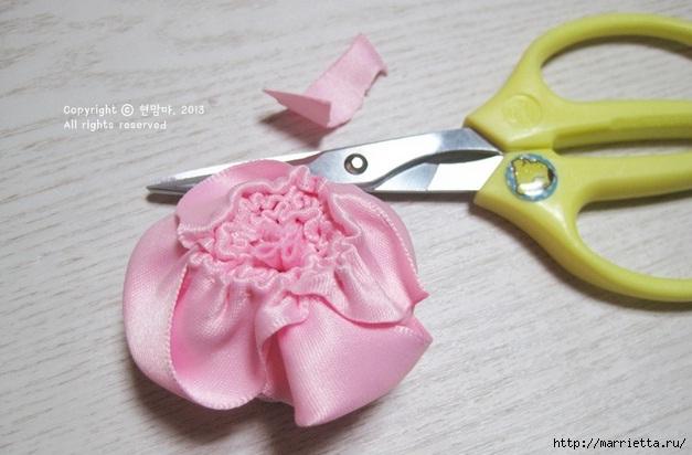 роза из атласной ленты (12) (627x412, 134Kb)