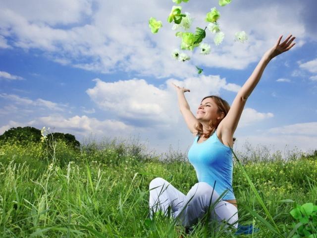 4524271_Girls_Beautyful_Girls_In_a_grass_022777_29 (640x480, 137Kb)
