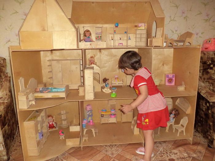 Как сделать кукле стол своими руками