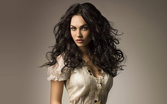 красивая девушка фото/3185107_prikolnaya_devyshka_foto (700x437, 55Kb)
