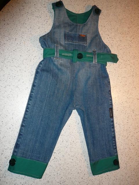 Как сшить комбинезон на девочку из старых джинсов 520