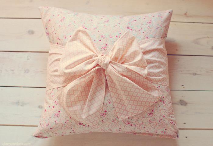 Как сшить красивую подушку фото