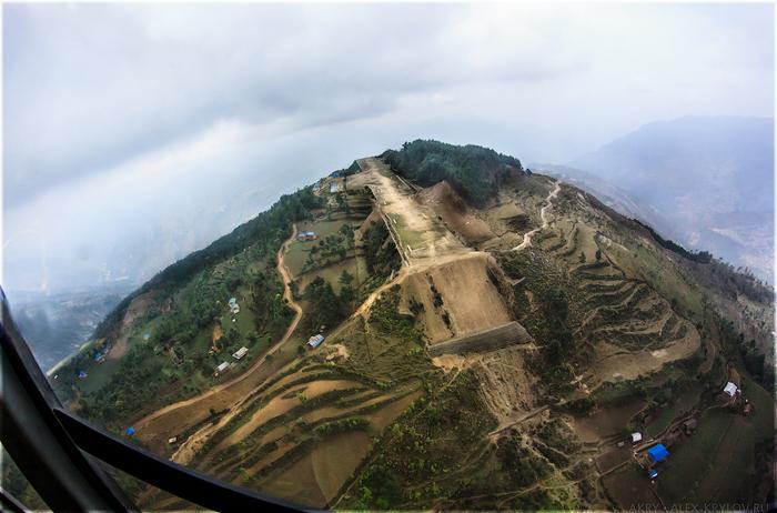 Kangel Danda Airport, Nepal/1368240889_900px_NPL13_20130507_111721_akry_11950rt_v (700x462, 318Kb)