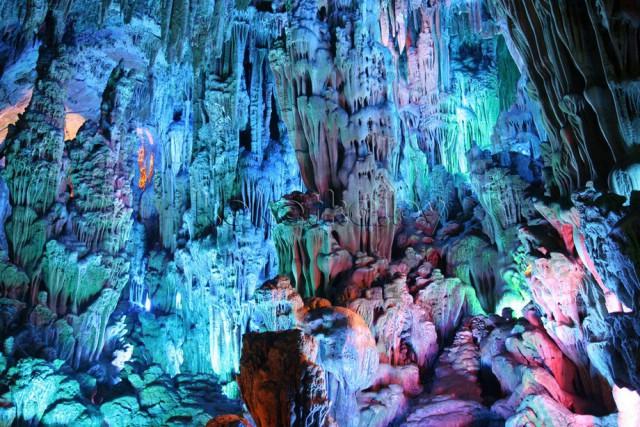 пещера Тростниковой Флейты китай фото 3 (640x427, 133Kb)