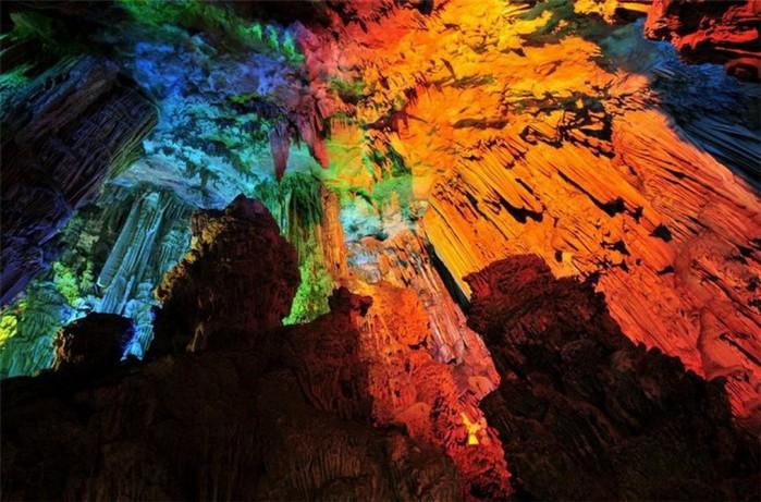 пещера Тростниковой Флейты китай фото 11 (700x461, 113Kb)